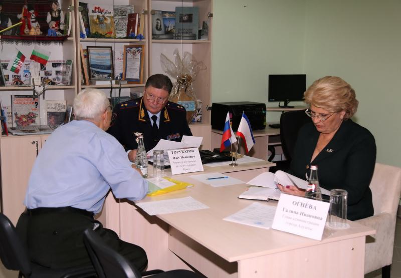 Министр МВД РК  Олег Торубаров провел в Алуште прием граждан.